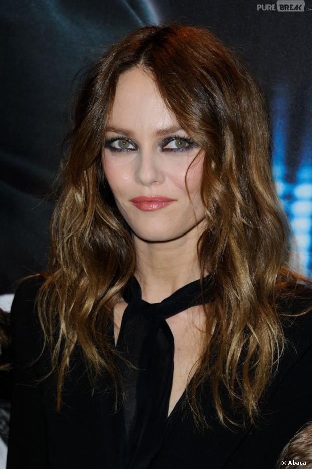"Vanessa Paradis sort son album ""Love Songs"" le 13 mai"