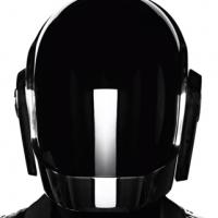 Daft Punk : Random Access Memories en streaming sur iTunes, notre avis casque aux oreilles