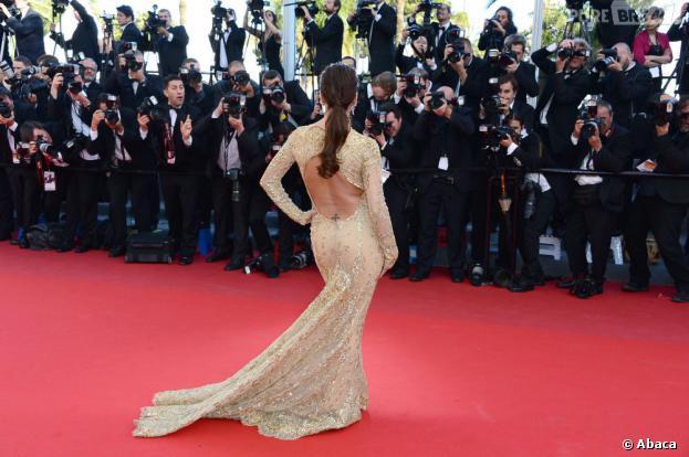 Eva Longoria a dévoilé sa chute de reine pendant le festival de Cannes 2013