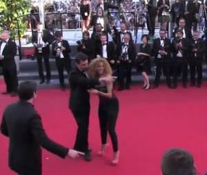 Afida Turner, escortée hors du tapis rouge de Cannes 2013