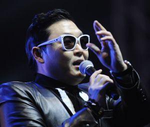 Psy clashé par les supportes de l'AS Roma et de Lazio