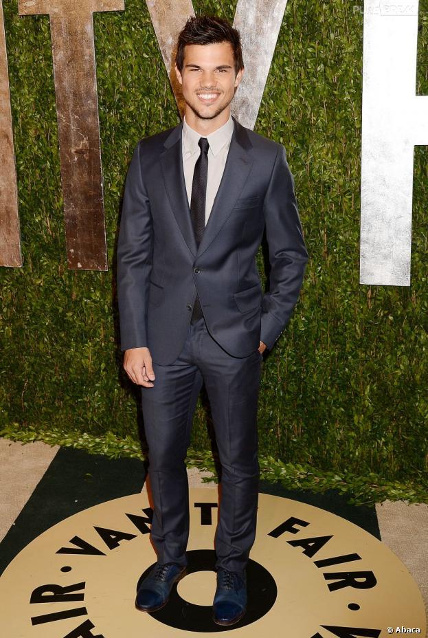 Taylor Lautner pique une ancienne copine de Zac Efron