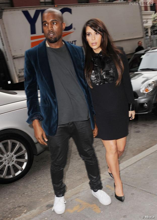 Kim Kardashian enceinte et abandonnée par Kanye West le jour de son accouchement ?
