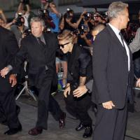 """Justin Bieber (encore) rembarré d'une boîte : """"Il avait l'air très embarrassé"""""""
