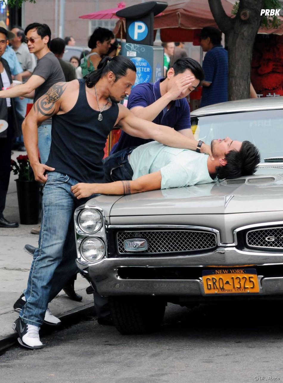 Taylor Lautner en pleine baston à New York le 24 juin 2013.