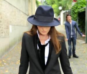 Le Pingouin, le nouvel extrait du quatrième album de Carla Bruni