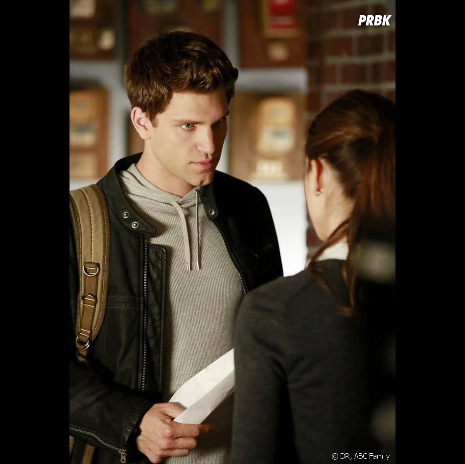 Pretty Little Liars saison 4 : nouvelles révélations pour Toby dans l'épisode 4