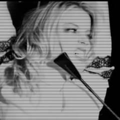 Amber Heard : photoshoot tendre et sexy avec une autre femme