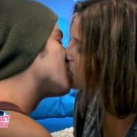 Clara et Gautier (Secret Story 7) en couple : premier baiser langoureux pour les deux candidats