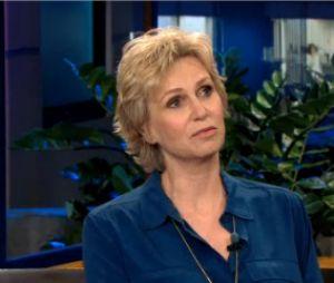 Jane Lynch s'exprime sur le décès de Cory Monteith à la télévision