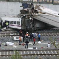 Espagne : au moins 77 morts dans le déraillement d'un train à Saint-Jacques de Compostelle