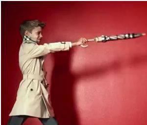 Romeo Beckham mannequin pour Burberry