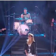 Demi Lovato : Nick Jonas lui sert de batteur aux Teen Choice Awards 2013