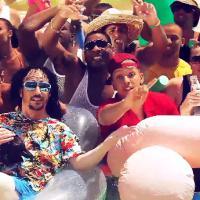 Sébastien Patoche : Zizicoptère, la danse du pénis dans le clip de l'été