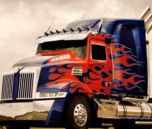 Optimus Prime change de look dans Transformers 4