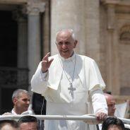 """""""Allô ! Ici le pape François"""", (fausse) surprise pour un jeune homosexuel français"""