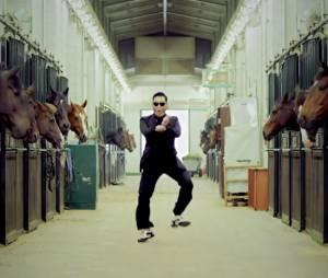 """Psy : Gangnam Style élu """"meilleur clip dance"""" devant la vidéo 'Thiriller' de Michael Jackson en septembre 2013"""