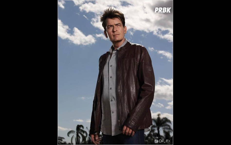 Charlie Sheen sur une photo de sa série Anger Management