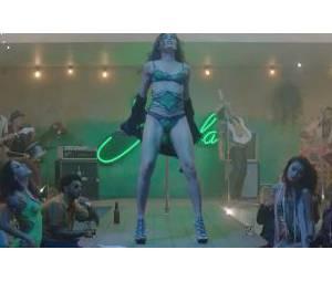 Bruno Mars : Gorilla, le clip officiel avec Freida Pinto en strip teaseuse