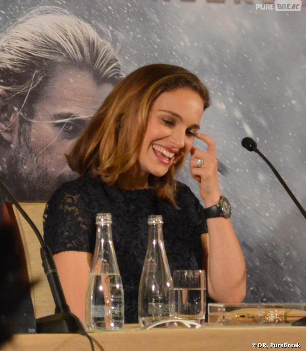Natalie Portman à la conférence de presse de Thor 2 le 24 octobre 2013 à Paris