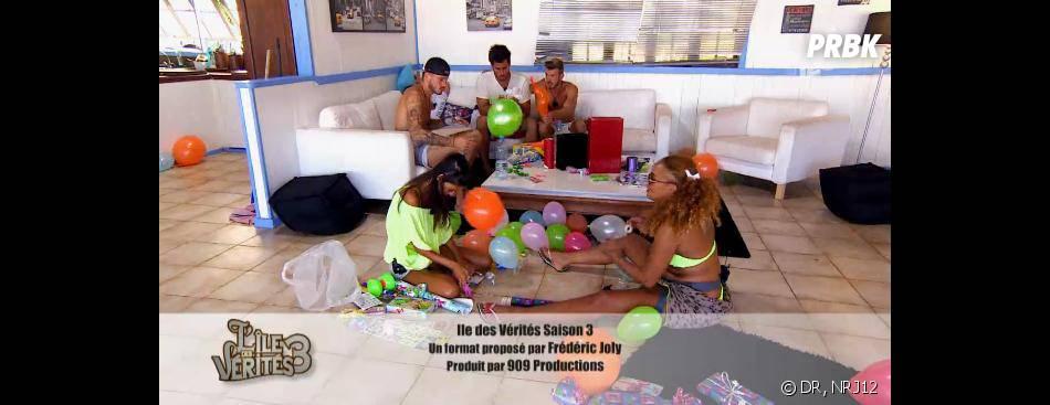 L'île des vérités 3 : les habitants reçoivent les enfants de Tahiti