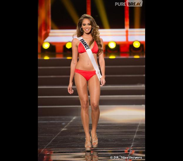 Hinarani De Longeaux, 1ère dauphine de Marine Lorphelin et candidate de la France à l'élection de Miss Univers 2013 à Moscou, le 9 novembre 2013