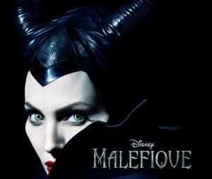 Angelina Jolie sur l'affiche flippante de Maléfique