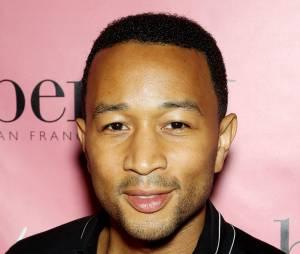 John Legend : le chanteur de All of me a offert un live improvisé dans une rue de Los Angeles à ses fans