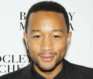 John Legend : le chanteur de All of me a offert un live improvisé dans une rue de Los Angeles à ses fans