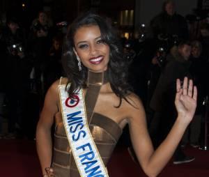Flora Coquerel : Miss France 2014 aux NMA 2014, le samedi 14 décembre 2013 à Cannes