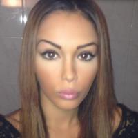 Nabilla Benattia : adieu les gros seins ? Elle aurait retiré ses prothèses mammaires