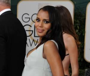 Golden Globes 2014 : Kerry Washington enceinte sur le tapis-rouge le 12 janvier 2014 à Los Angeles