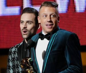 Grammy Awards 2014 : Mackelmore & Ryan Lewis sur scène lors de la cérémonie qui s'est déroulée le 26 janvier 2014 à Los Angeles