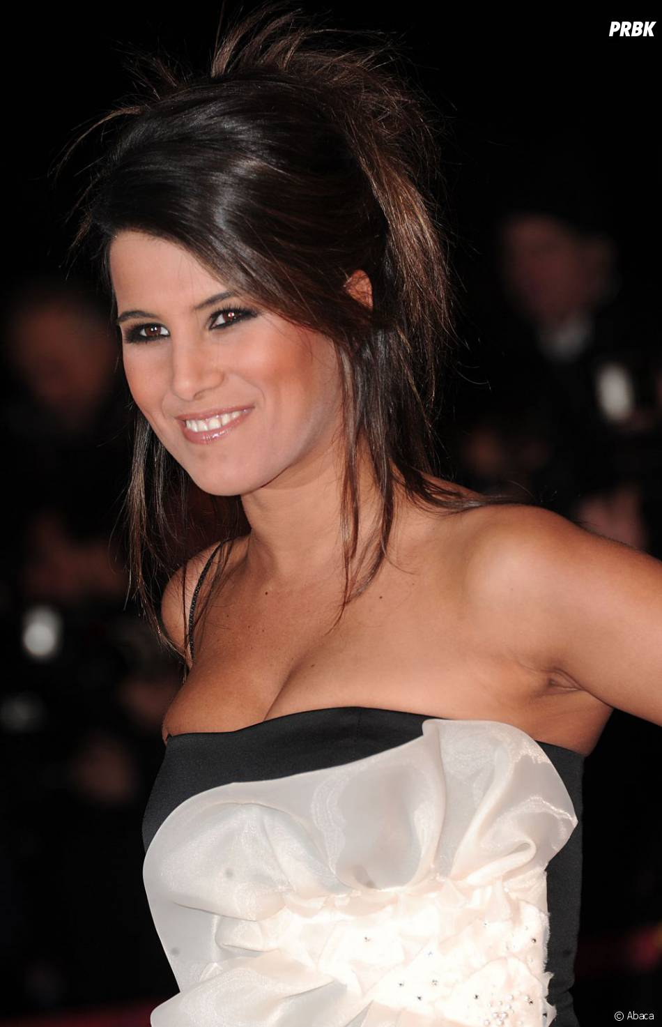 Karine Ferri sur le tapis rouge des NRJ Music Awards 2011