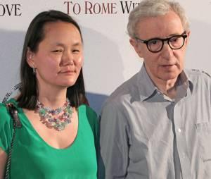 Woody Allen et sa femme Soon-Yi Previn, fille adoptive de Mia Farrow