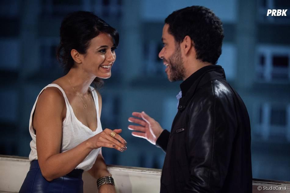 Situation amoureuse : c'est compliqué, Emmanuelle Chriqui et Manu Payet sur une photo