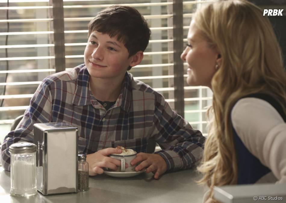 Once Upon A Time saison 3, épisode 13 : Henry et Emma sur une photo