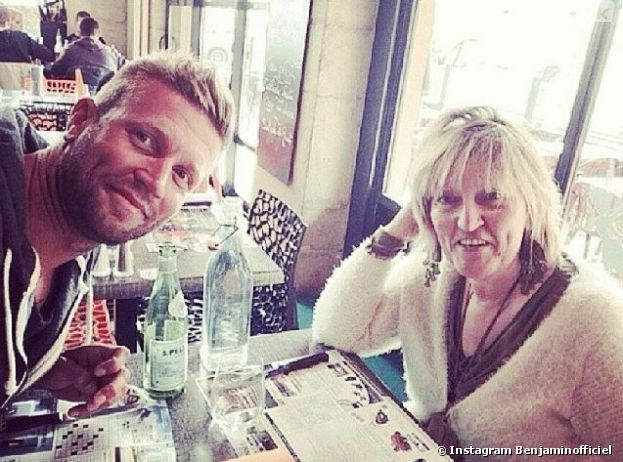Benjamin (Les Anges 6) en compagnie de sa mère sur Instagram
