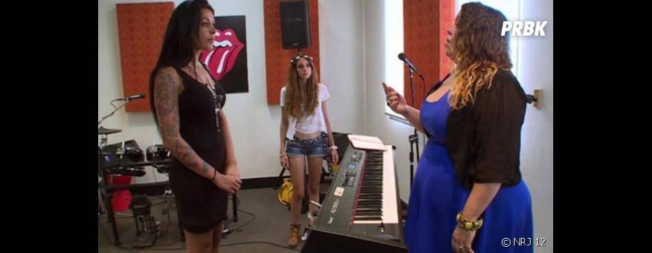 Les Anges 6 : Shanna va-t-elle rater son cours de chant ?
