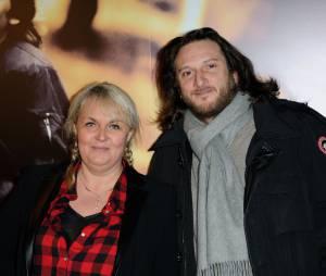 """Valérie Damidot et Régis en couple sur le tapis rouge du film """"Mea Culpa"""", le 2 février 2014 à Paris"""
