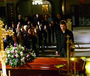 The Originals saison 1, épisode 20 : Joseph Morgan sur une photo