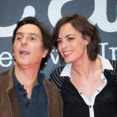 """Bérénice Bejo : ses fesses et ses """"crottes de nez"""", Yvan Attal nous dit tout"""