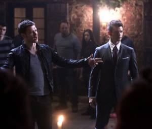 The Originals saison 1, épisode 21 : Joseph Morgan et Daniel Gillies sur une photo