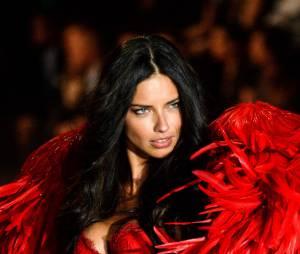 Adriana Lima : humiliation pour la bombe sexy de Victoria's Secret