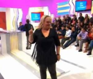 Valérie Damidot sur le plateau de son émission Y'a que les imbéciles qui ne changent pas d'avis sur M6