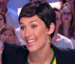Cristina Cordula imitée par Doria Tillier dans Le Grand Journal de Canal + du 12 juin 2014