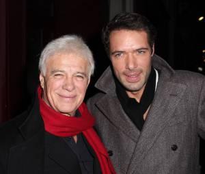 Nicolas Bedos et Guy Bedos complices, le 23 décembre 2013 à Paris