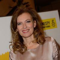 """Priscilla Betti glamour pour le gala """"Musique contre l'oubli"""""""