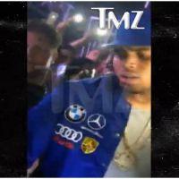 Chris Brown pousse une fan trop collante en boîte de nuit, Twitter le défend