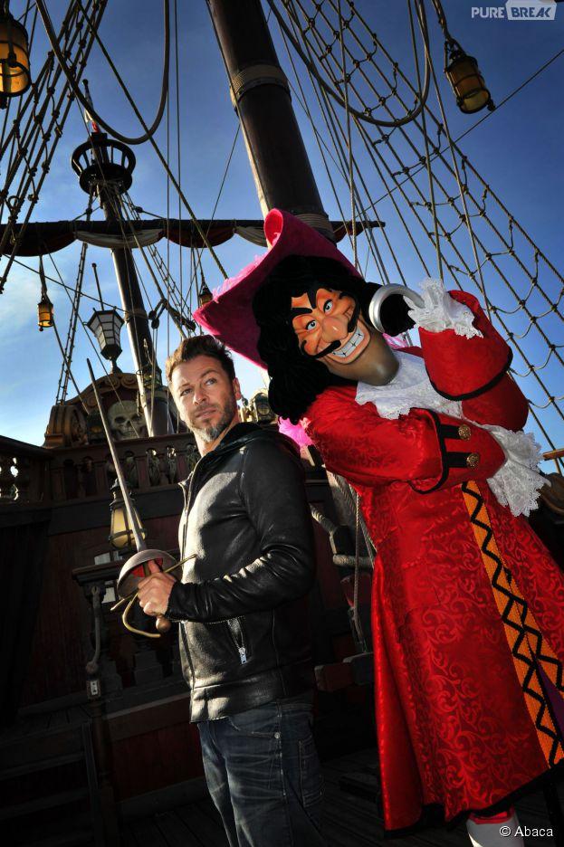 Christophe Maé fête Halloween à Disneyland